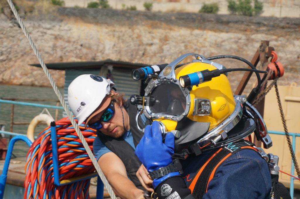 Commercial diving on full face helmet